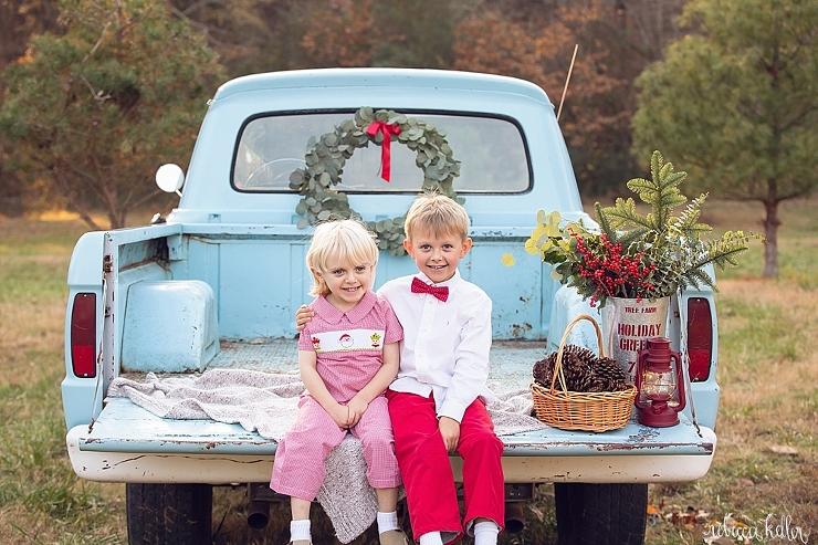 Raleigh Family Christmas Photographer 33.jpg